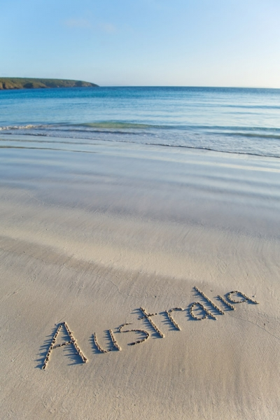 Australia-tourism-beach-sand-hero