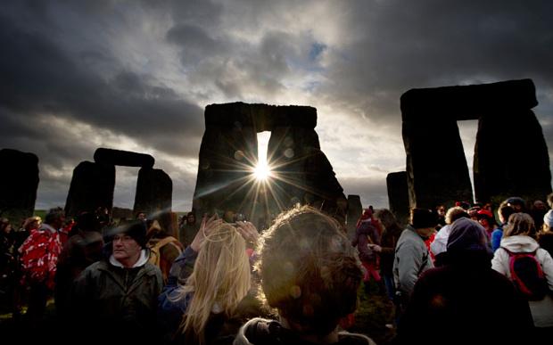 eddie-stonehenge-s_3532960b