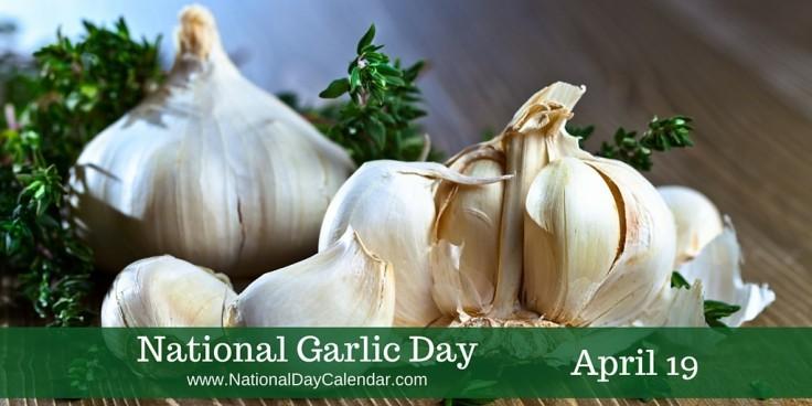 National-Garlic-Day-April-19-1024x512